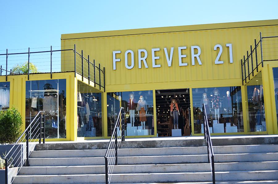 forever 21 outlet premium fachada