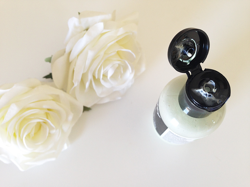 Perfume Capilar Condicionante Happy Happy Joy Joy, da Lush 3