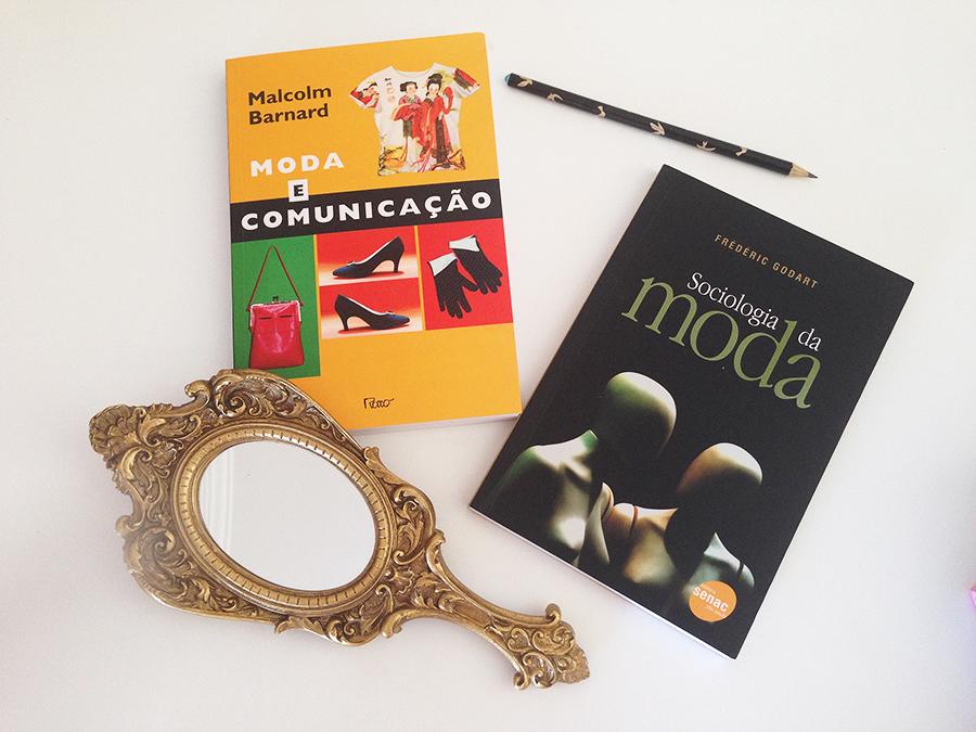 O começo da minha coleção de Livros de Moda! 3