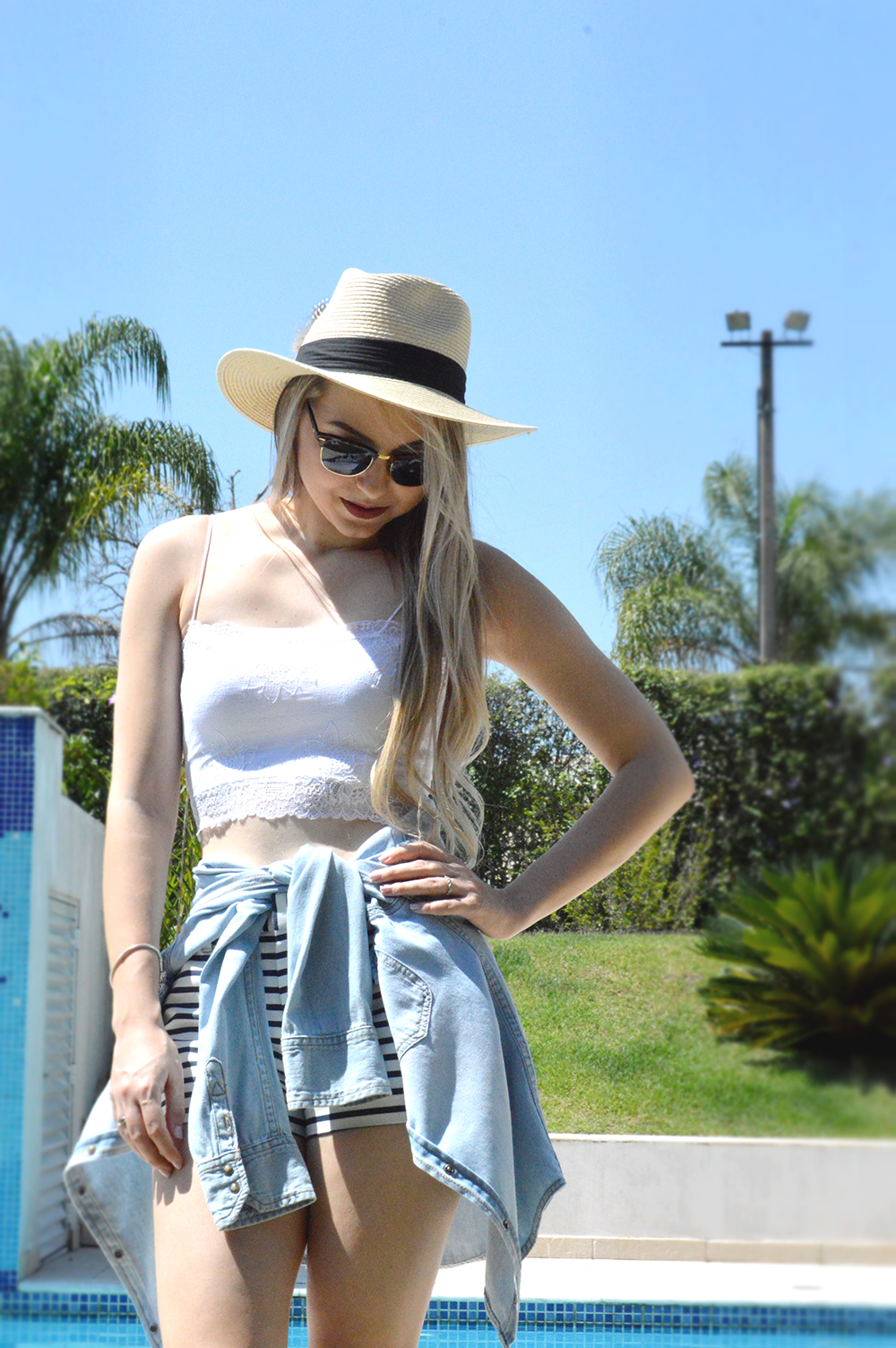 look listras cropped 1