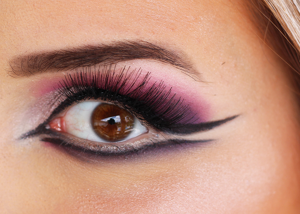 maquiagem de carnaval boneca rosa e roxa 3