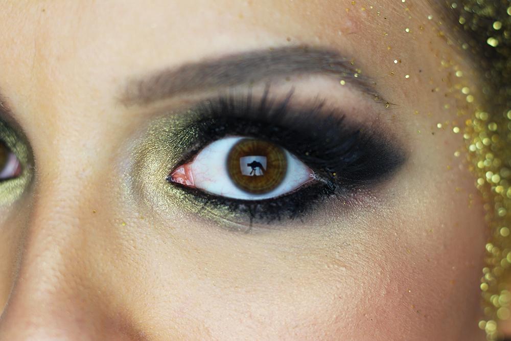 maquiagem de carnaval sereia dourada glam 8
