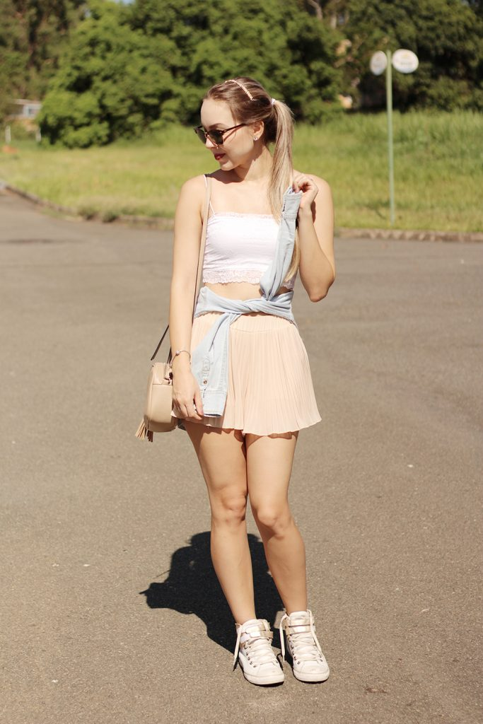 look do dia shorts plissado e cropped de renda 5