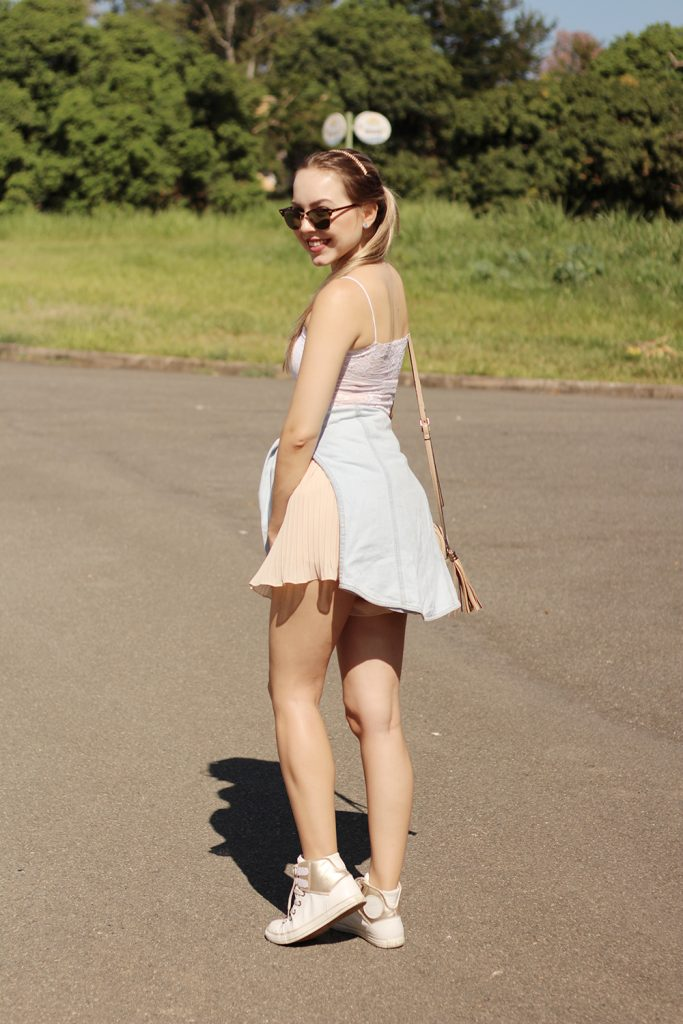 look do dia shorts plissado e cropped de renda 6