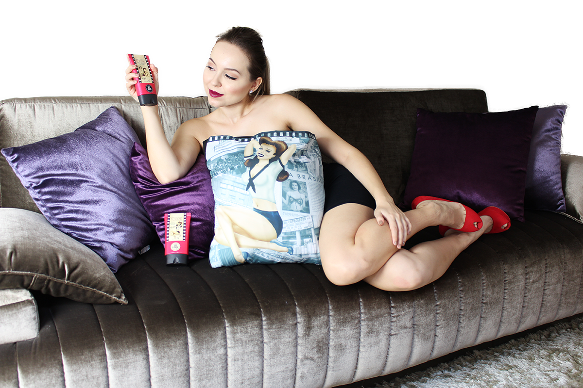sessao romance sofa